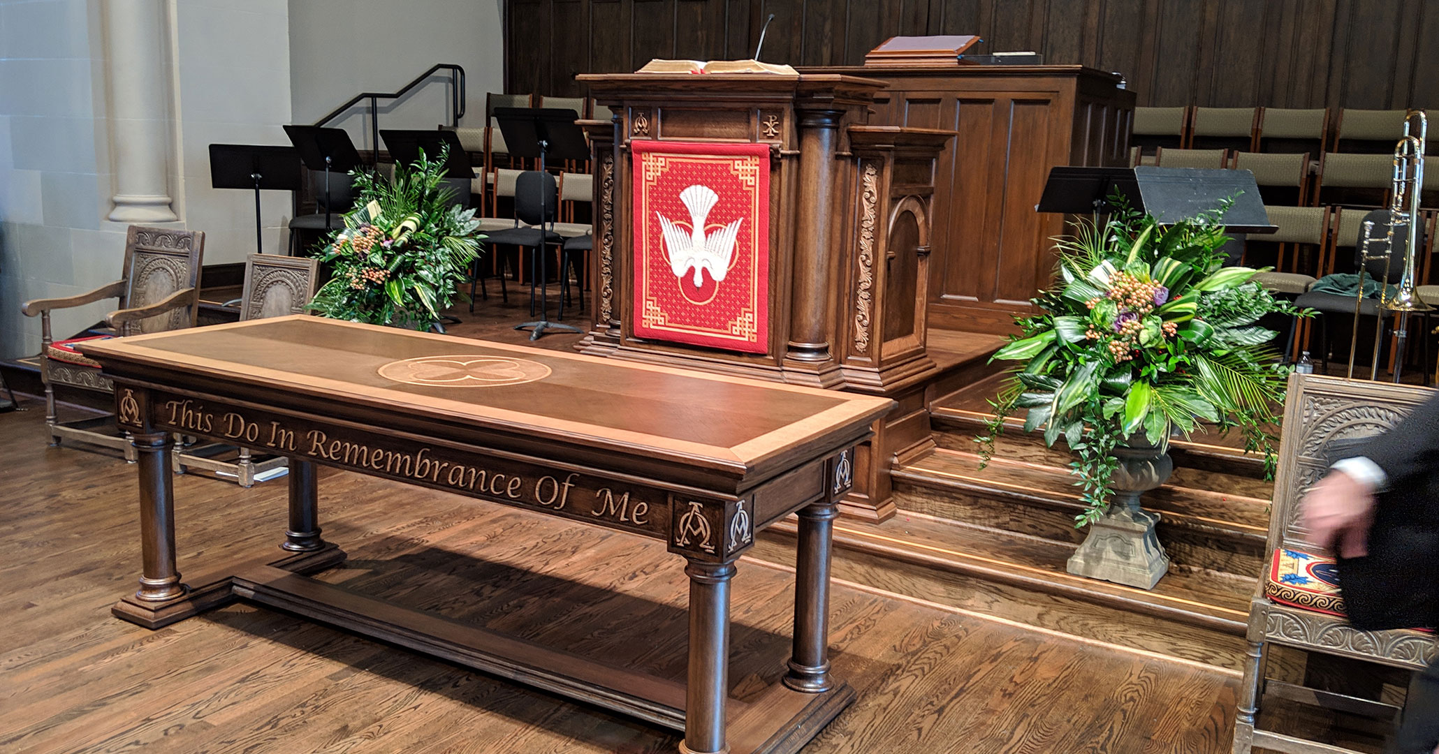 Historic Preservationists and Interior Designers at Boudreaux worked with First Presbyterian Church in Spartanburg, SC to customize the alter design.