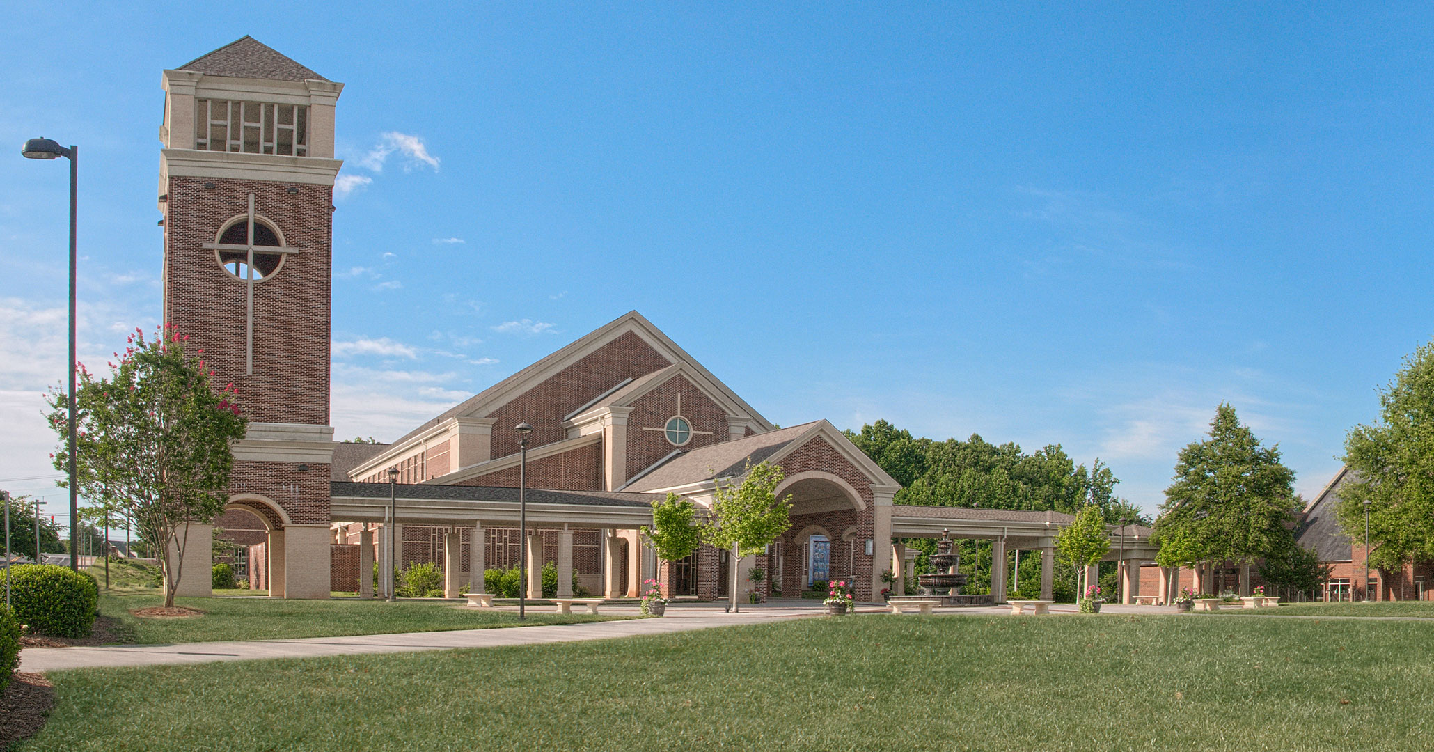 Boudreaux architects worked with St. Mark Catholic Church to design a new church.