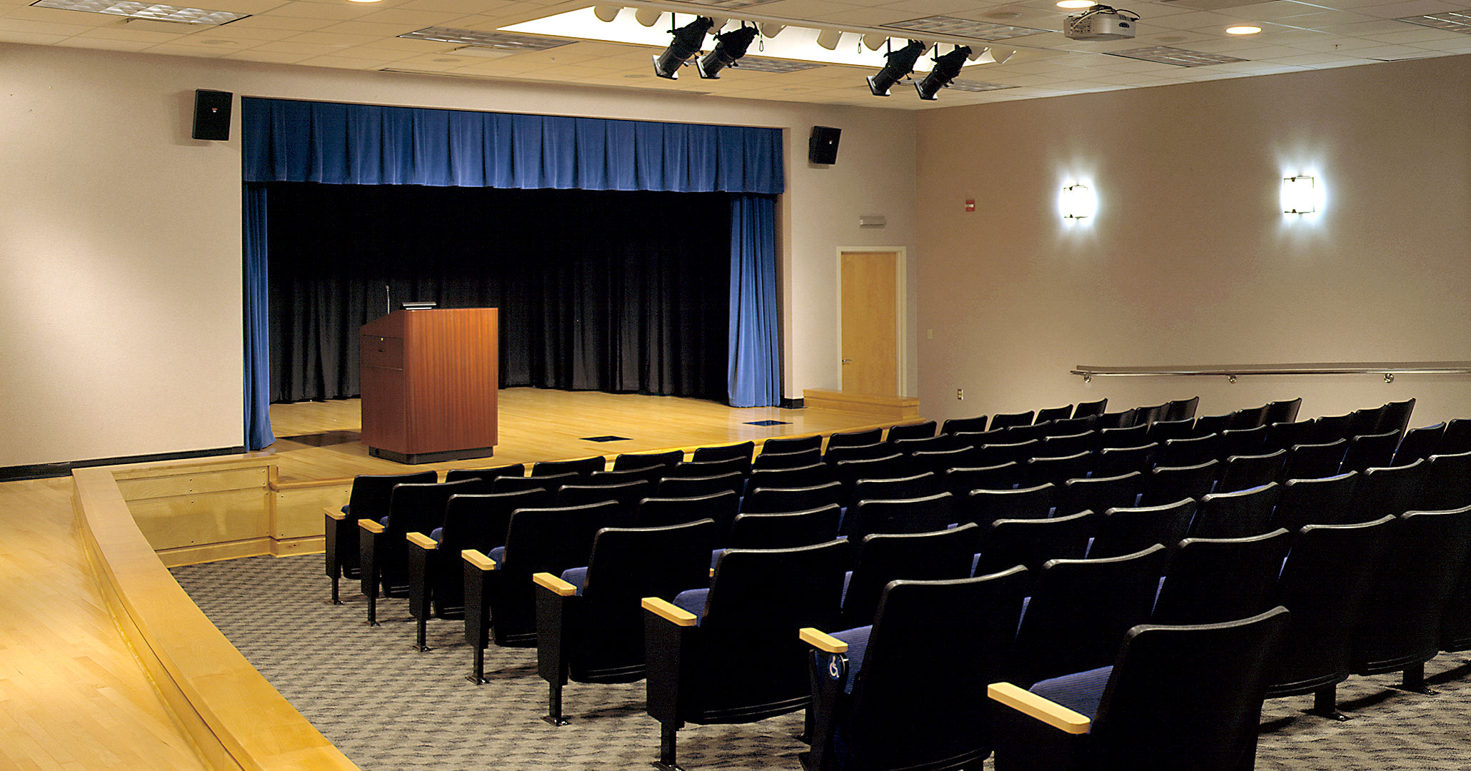 Midlands Technical College worked with Boudreaux architects to design auditorium classrooms for the Airport Campus.