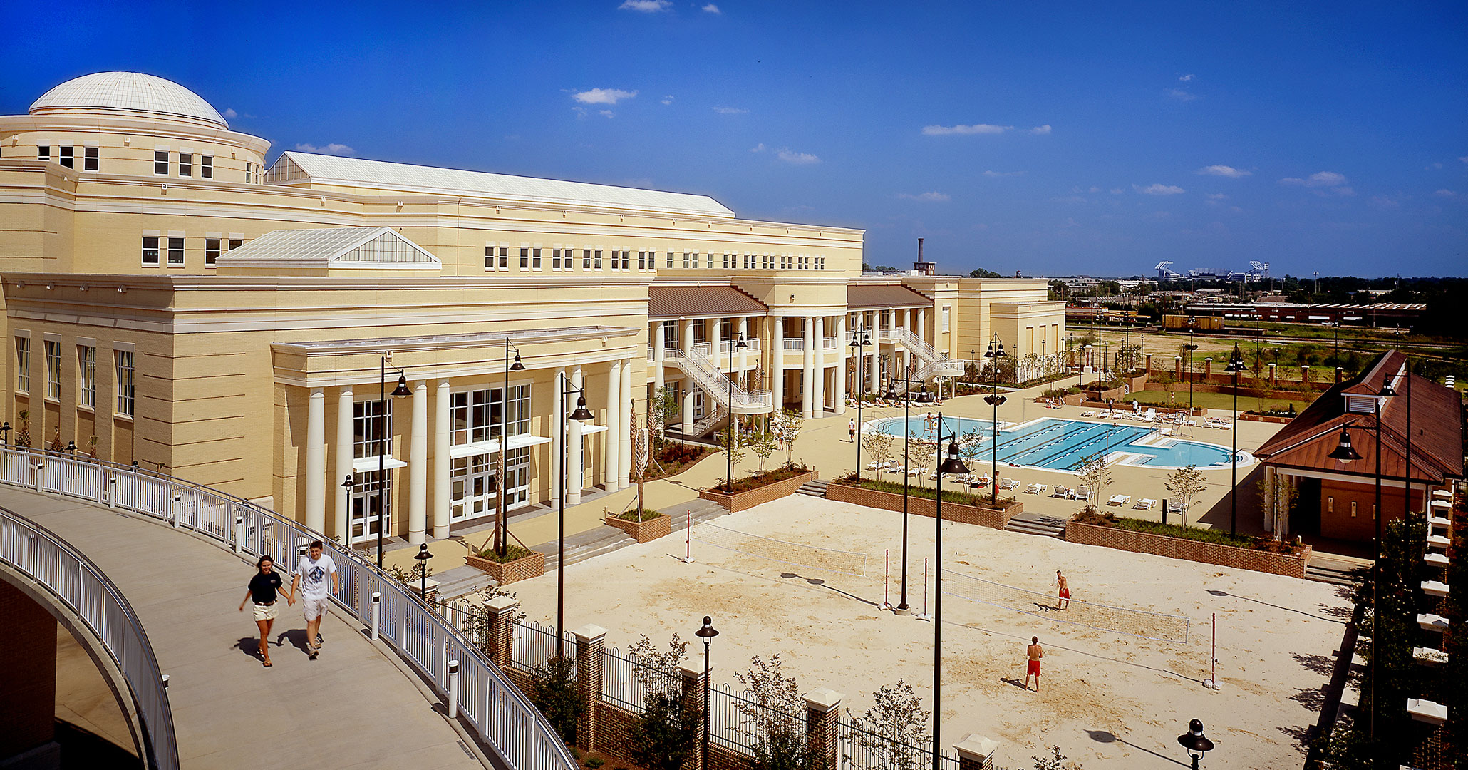 University of South Carolina worked with the most experienced architects in South Carolina Boudreaux to design the Strom Thurmond Wellness Center in downtown Columbia, SC.