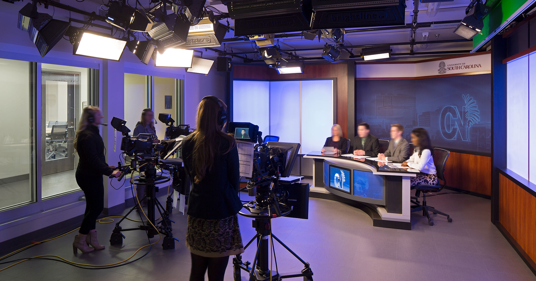 UofSC worked with Boudreaux architects to design a news room at the School of Journalism.
